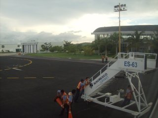 landinginmexico2011.jpg